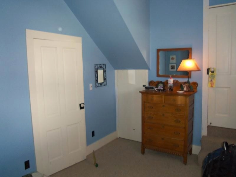 blue bedroom 2 pic 2 op